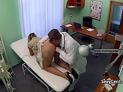 blonde engage in good fuck with doctor