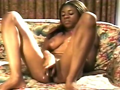 Ebony Babe Masturbates At The Audition