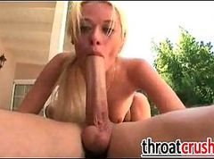 Blonde Gives Deepthroat