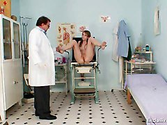 Ema Gyno Fetish Teen Pussy Speculum Examination By Old Doc