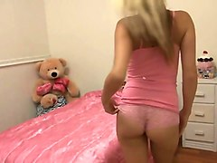 Dad Fucks Her Young Teen Daughter, While Mom