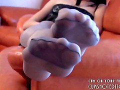 hot amateur pantyhose foot tease